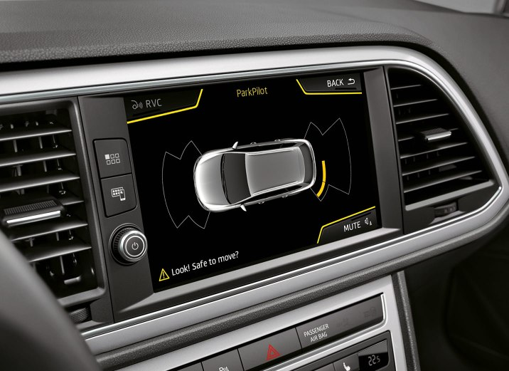 SEAT Leon Estate - Top down parking sensor view