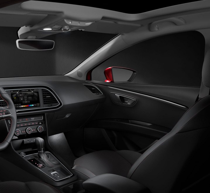 SEAT Leon Estate - Ambient lighting